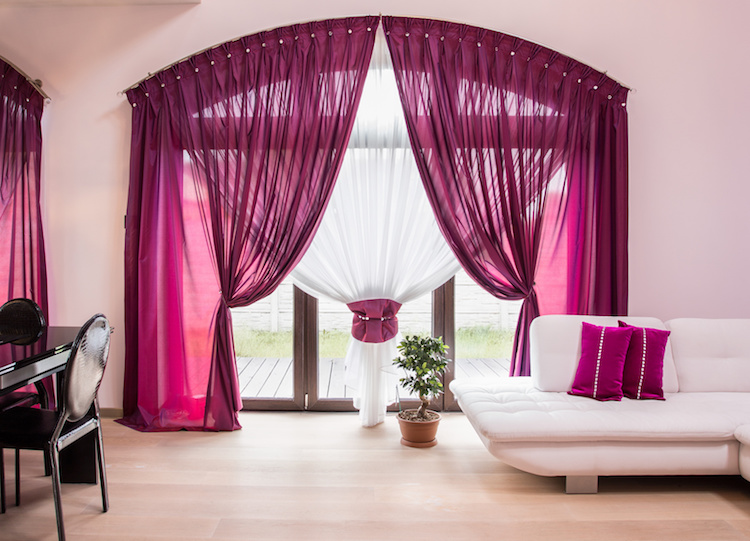 Curtain Dry Cleaning SG | Free Delivery | Reward Laundry.com