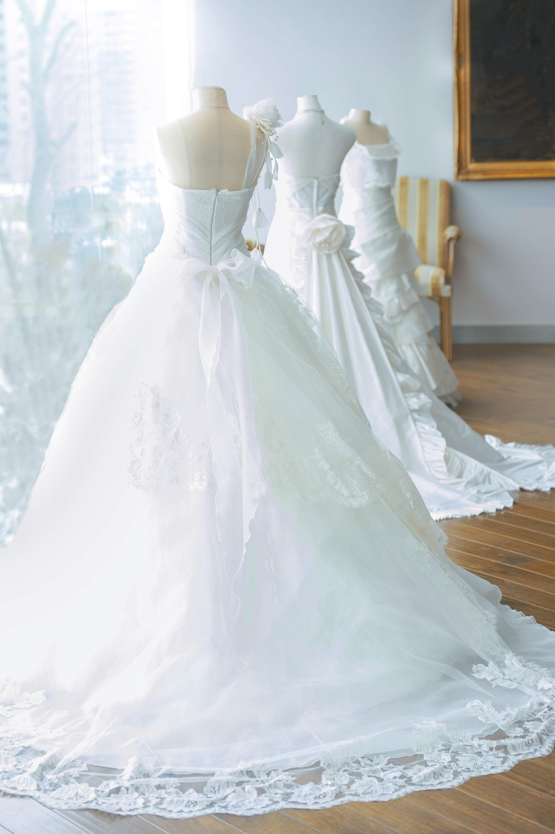 7 Tips for your Wedding Gown Cleaning Singapore | Reward Laundry.com